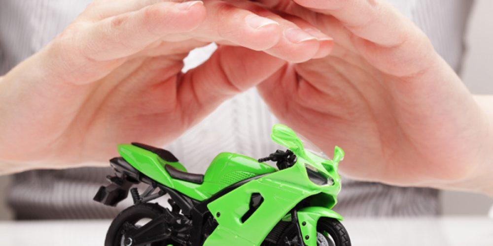 Souscrire une assurance moto et scooter électrique